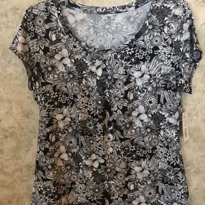 Worthington black and white womans blouse